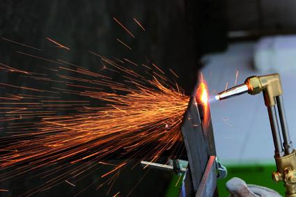 Plyn pro firmu. Technický plyn, propan, propan-butan, pohon VZV, chladivo, speciální plyn.